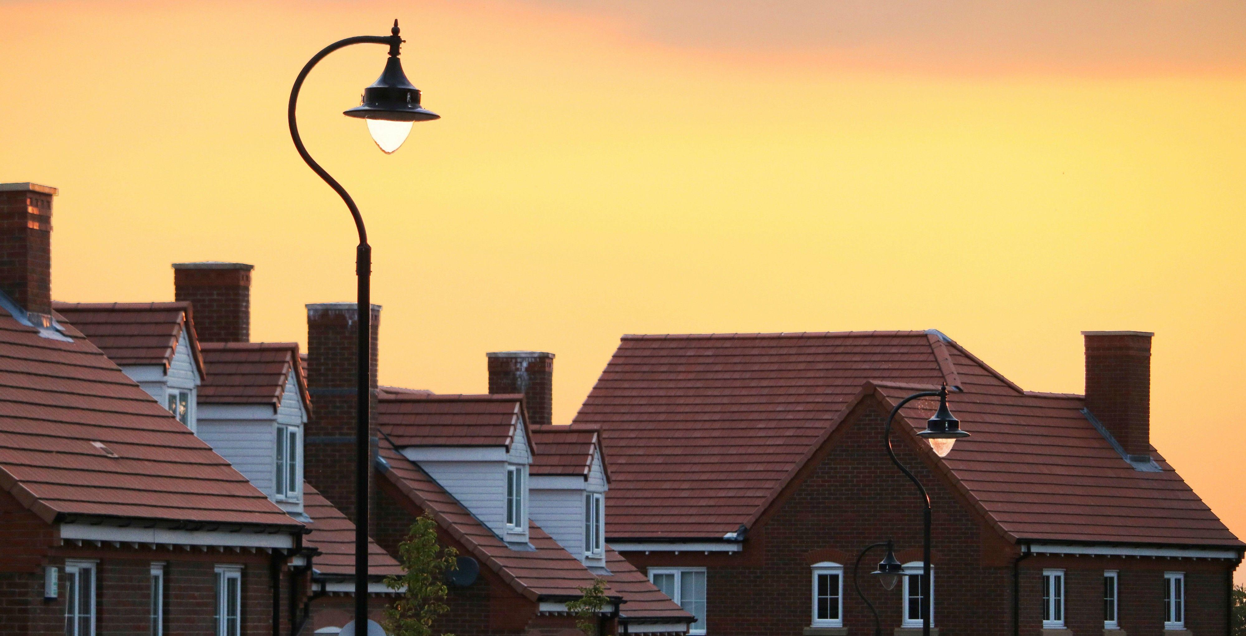 En gate med boliger