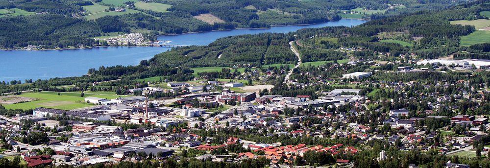 Eiendommer i Brumunddal ved Mjøsa