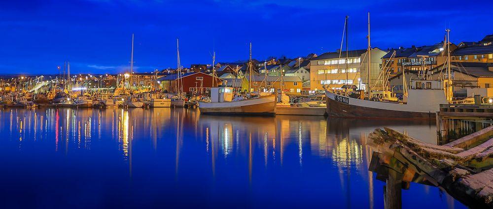 Vadsø havn og by