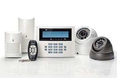 Rörelsedetektorer, kameror och centralenhet