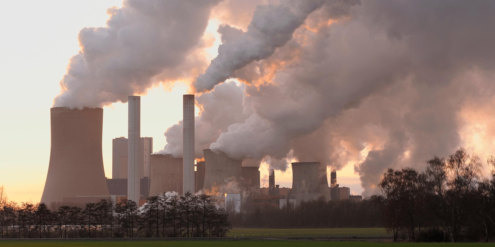 Bilde av et kullkraftverk i Tyskland