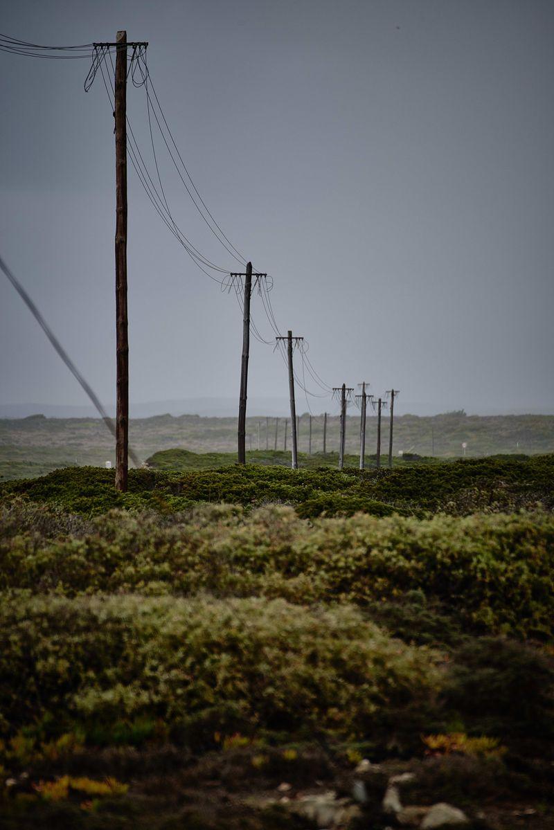 Strømmaster i naturlandskap